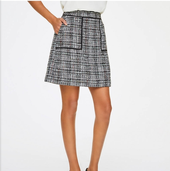 LOFT Dresses & Skirts - LOFT Tweed Pocket Mini Skirt